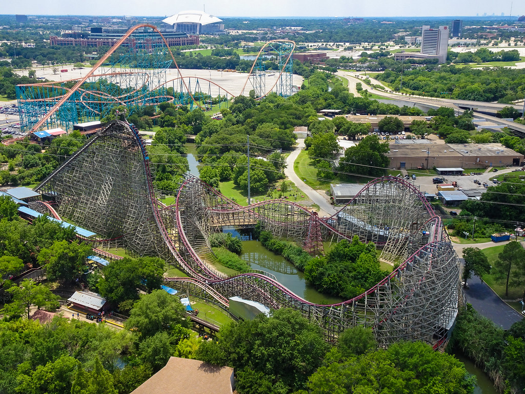 Six Flags over Texas - Titan & New Texas Giant