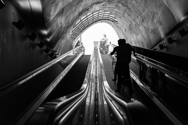 Spontaneous black and white photo