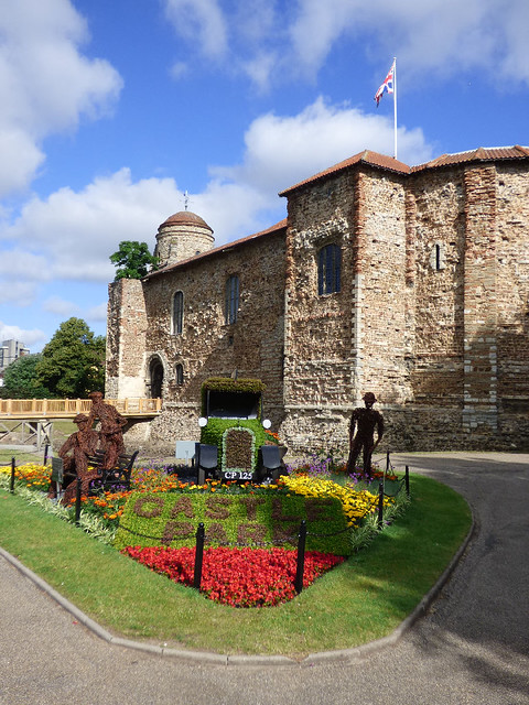 Castle and garden display 2017