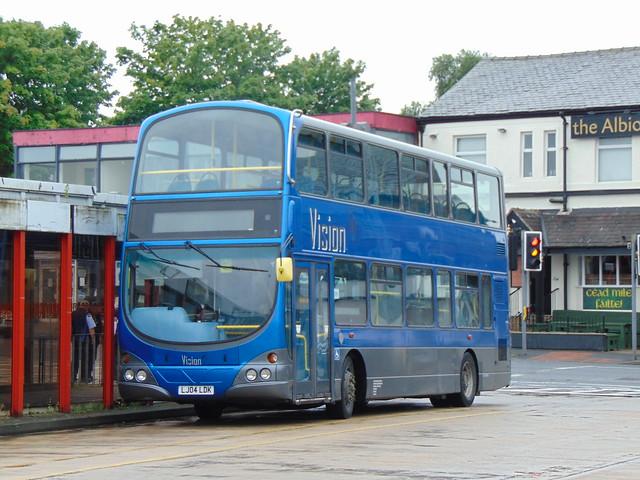 Vision Bus (LJ04LDK)
