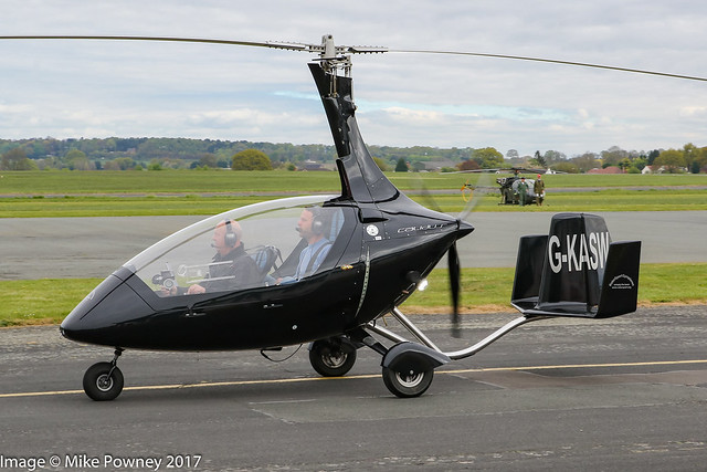 G-KASW - 2010 build Rotorsport UK Calidus, arriving at Halfpenny Green during Radials, Trainers & Transports 2017
