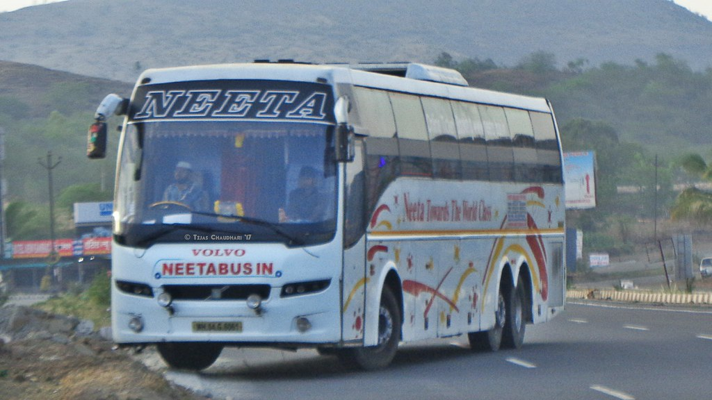 Neeta Travels Volvo B9r Sleeper Coach Tejas Chaudhari Flickr
