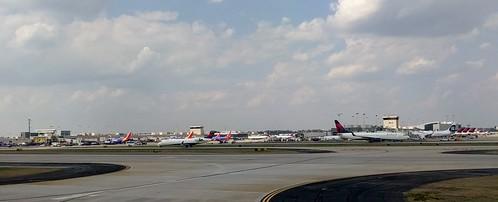georgia atlanta atlantaairport airport airplanesandairports atl atlantainternationalairport hartfieldjacksonatlantainternationalairport hartfieldjackson