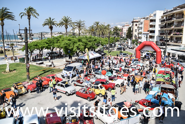 ENLACE A LA GALERÍA DE FOTOS DEL INTERNATIONAL VINTAGE MICROCAR AND BUBBLE CAR MEETING SITGES 2019