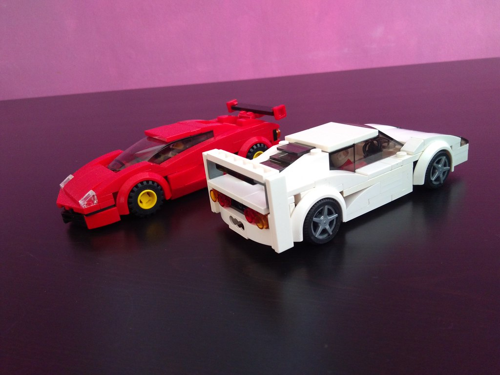 Two Of The Most Iconic Supercars Of The 90s Ferrari F40 V Flickr