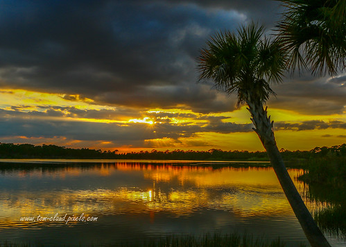 sunset clouds cloudy lake pond water refection landscape nature mothernature weather outdoors fortpierce florida usa