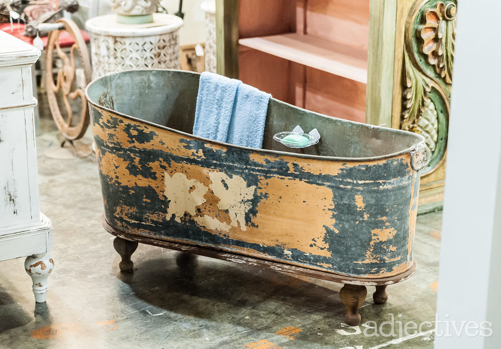 Vintage bath tub in Altamonte by Estate Antiques