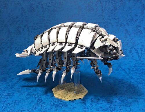 LEGO Mech Bathynomus giganteus-07