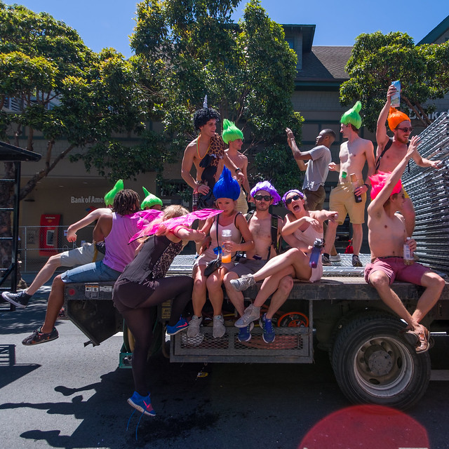 Bay To Breakers 2017: Clowneries Hinderingly Prevising