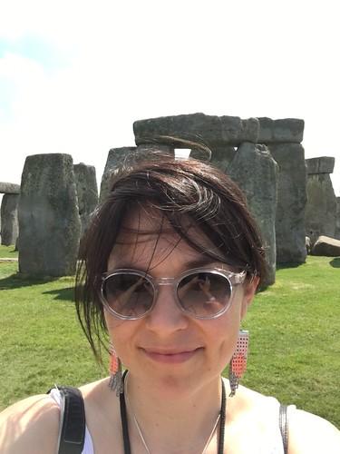 Näin lähelle kiviä pääsi. Ja kyllä, siellä tuuli! | by Alannainen