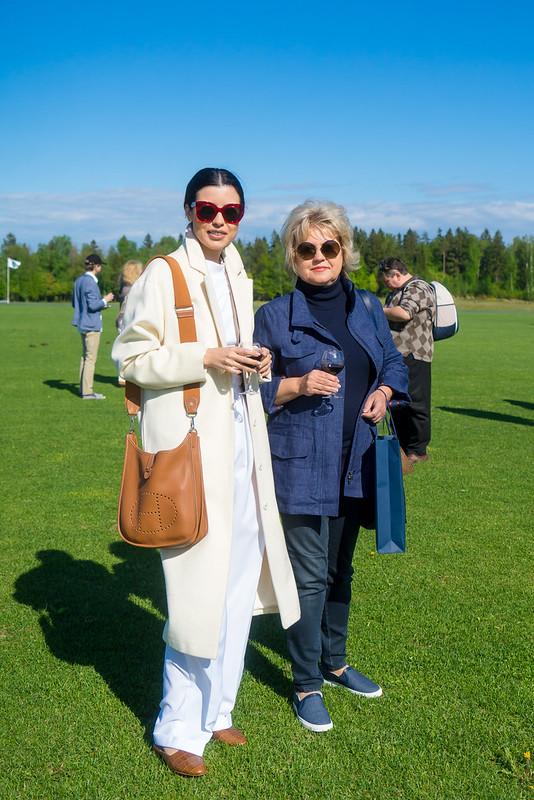 Anna Ivchenko s mamoi