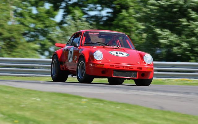Drifting Porsche 2017 master historic brands hatch