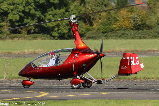 G-TGLG - 2015 build Rotorsport UK Calidus, arriving at Halfpenny Green for the 2016 Rotorsport Autogyro Fly-In