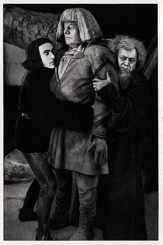 Paul Wegener, Albert Steinrück and Ernst Deutsch in Der Golem, wie er in die Welt kam (1920)