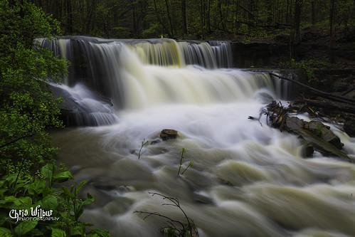 ontario canada spring water rain green small long little waterfall exposure wet hamilton runoff davis