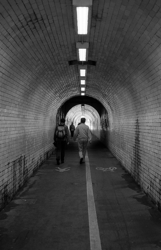 FILM - The Tunnel
