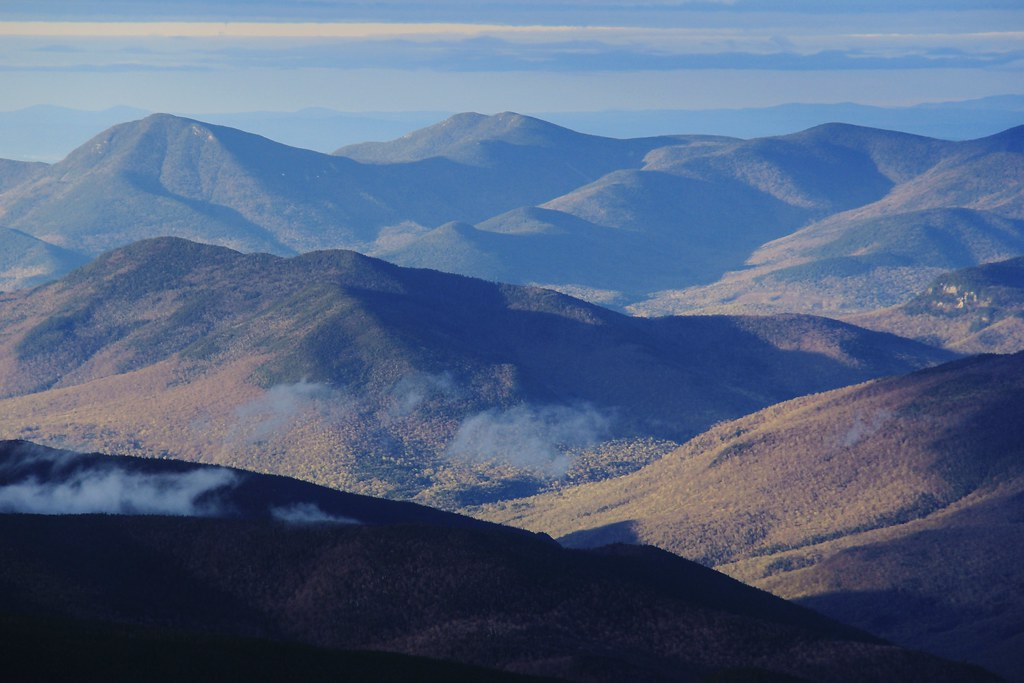 Crawford Notch and peaks to our S | Some NH peaks pictured