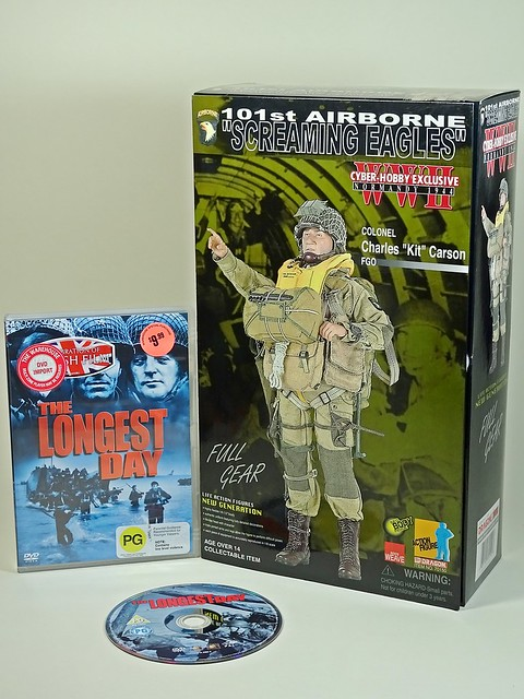 """Movies & Toys – The Longest Day – Dragon Cyber Hobby Exclusive – 1/6 WWII Normandy 1944 –101st Airborne """"Screaming Eagles – Colonel Charles """"Kit"""" Carson FGO – Vandy – Box Art"""