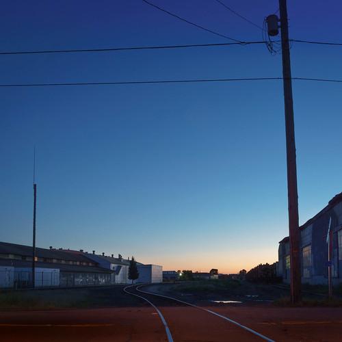 lanecounty longexposure eugene builtlandscape oregon bluehour industrial pacificnorthwest railroadtrack america lowlight pnw upperleftusa rose smith
