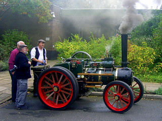 Winterbourne Gardens Toy Steam and traditional Hobbies Day 2015.