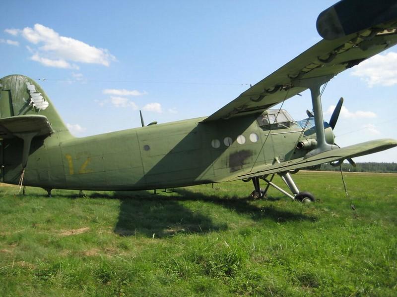Antonov An-2 1