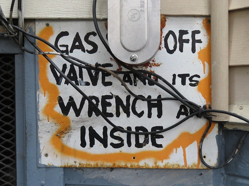 Gas [shut] off valve and its wrench are inside