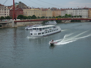 Boats seen from Pont Maréchal Juin - River Saône, Lyon - Ville de Lyon, Hermès and the speed boat | by ell brown