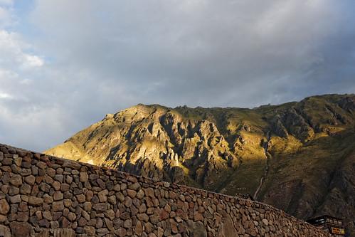 canon eos 600d t3i ollantaytambo peru pérou travel walls mountains landscape sunset