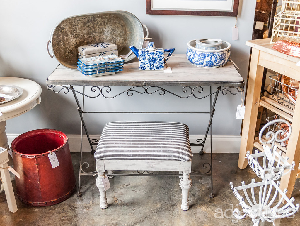 Vintage home decor in Altamonte by ReImagined