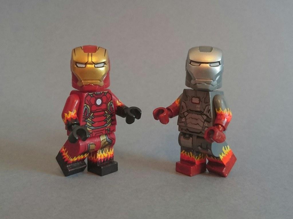 Marvel IRON MAN Mark 22 HOT ROD Custom Printed on Lego Minifigure