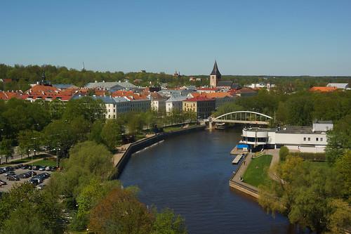 sel18200 sonyalpha sonyα nex7 geotaggedphoto geosetter sooc photoimage фотоfoto year2017 aerialview europe estonia estland eesti tartumaa tartu river jõgi emajõgi