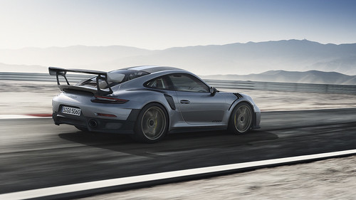 New 2018 911 GT2 RS with 700 hp, rear-wheel drive_race-bred chassis, and rear axle steering Photo