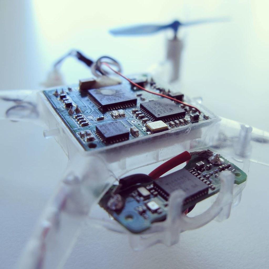 gimbal com #beacon on a blade nano qx #drone 3v syphon @we