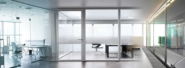 Egyedi üvegfalat szeretne irodájába?