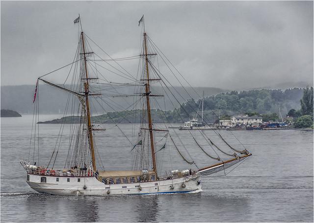 Ship of sail