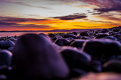 rocks off sunset stone stones pebbles beach northayrshire scotland sunsetsandsilhouettes scenery pentaxkr pentax pentaxdal peaceful