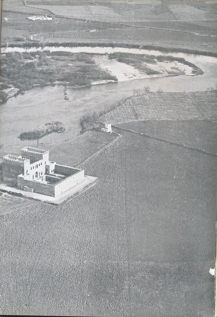 Vista aérea del Palacio de Galiana  hacia 1963. Publicada por la Diputación Principal en la Revista Provincia (nº 44)