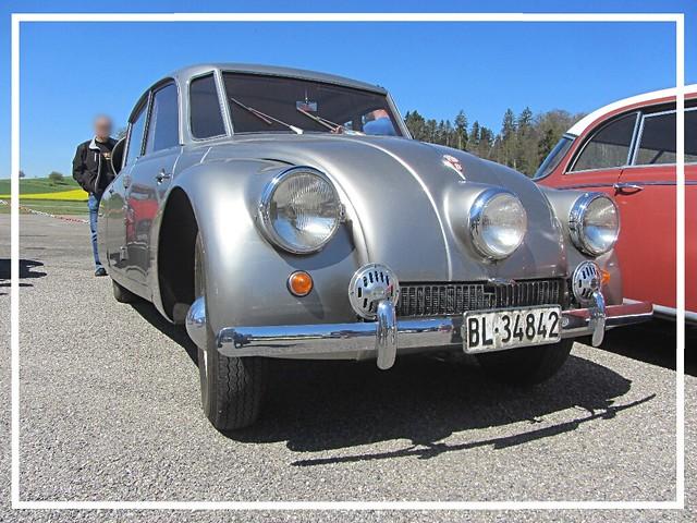Tatra T87, 1942