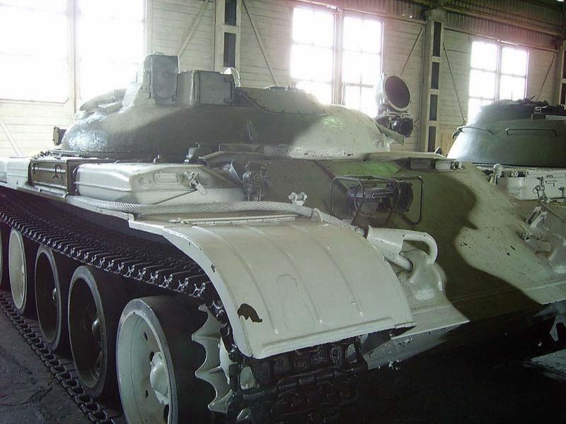 IT-1 Missile Tank 2