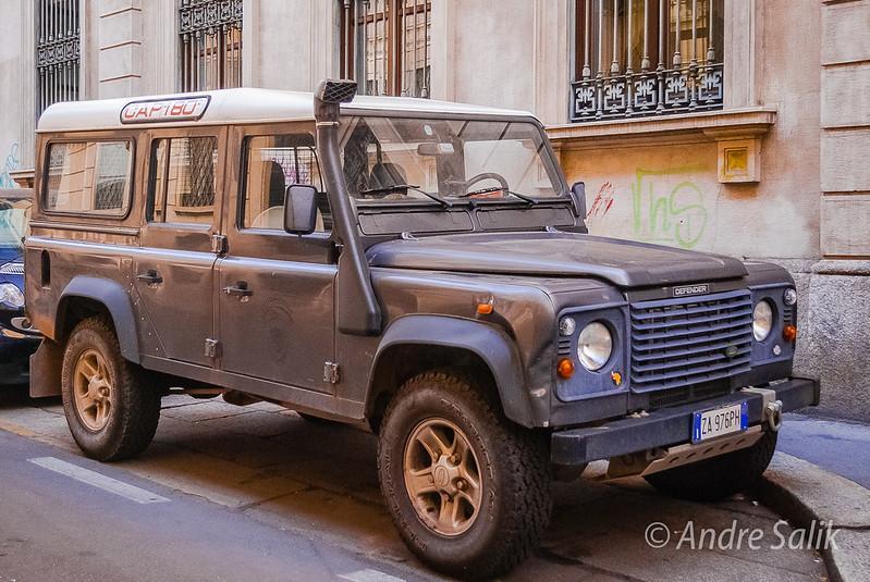 Land Rover Defender   17:54:19 DSC_6916