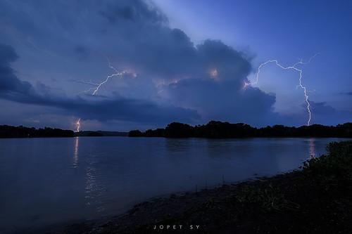 laguna cavinti caliraya sunset sunrise mirror lake lightning waterfalls hinulog falls aliw