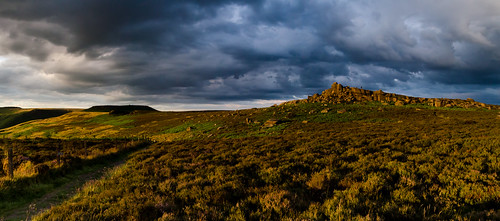 millstoneedge overowlertor derbyshire sunset moorland