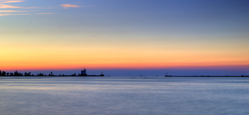 jeff® j3ffr3y copyright©byjeffreytaipale lakeerie lakemetroparks lakecounty lighthouse lake summer sun sunset water sky outside outdoors ohio ohiopark scenery