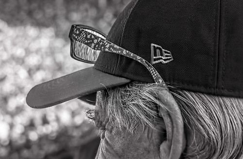 chicago chicagocubs hmbt illinois monochromebokehthursday nikkor18300mm wrigleyfield wrigleyville crowds glasses hair hats men monochrome people reflections refractions