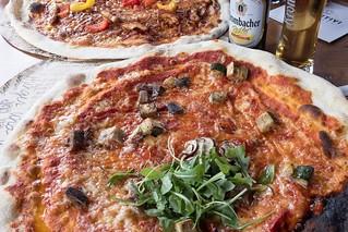 Veggie Pizza in der L'Osteria Köln   by wuestenigel
