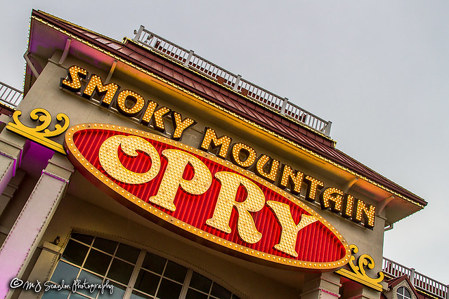 Smoky Mountain Opry | Pigeon Forge, Tennessee