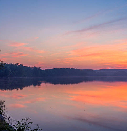 06416 clouds connecticut connecticutriver cromwell cromwelllanding dawn originalnef riverroad sky spring sunrise tamron18270 usa johnjmurphyiii