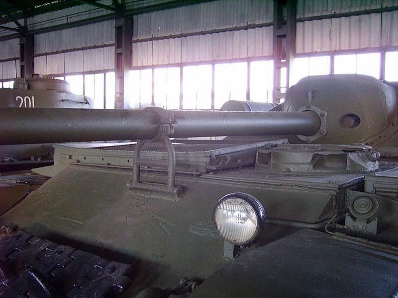 Su-101 Uralmash 6