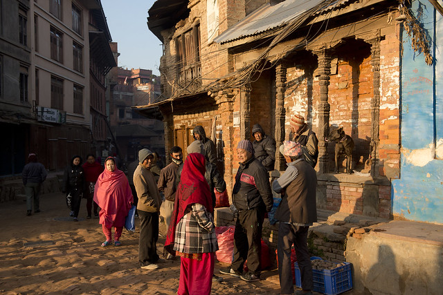 NPL - Morning sunshine on their shoulders - Bhaktapur - Nepal