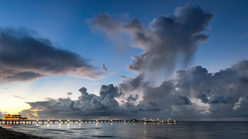 galveston texas seascape gulfofmexico clouds water longexposure sunrise sunlight houstontexas fishingpier bluehour dawn goldenhour seashore